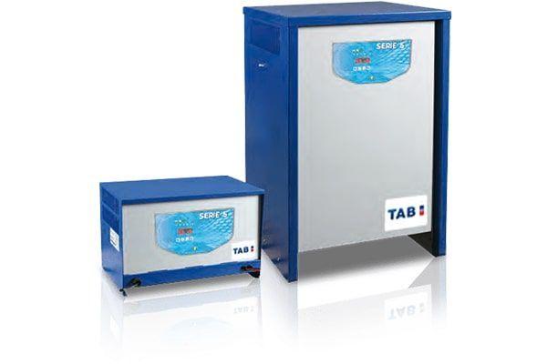 TAB Batteries - Cargador Convencional Carga Rápida
